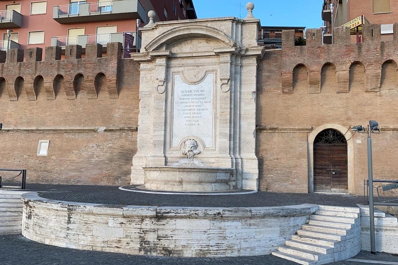 Fontana Vanvitelli a Civitavecchia