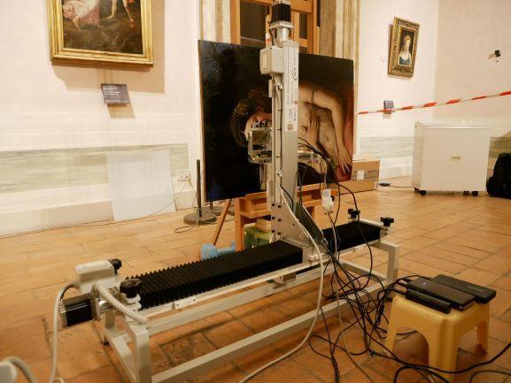 Raffaello, lo scanner in azione sul quadro della Fornarina