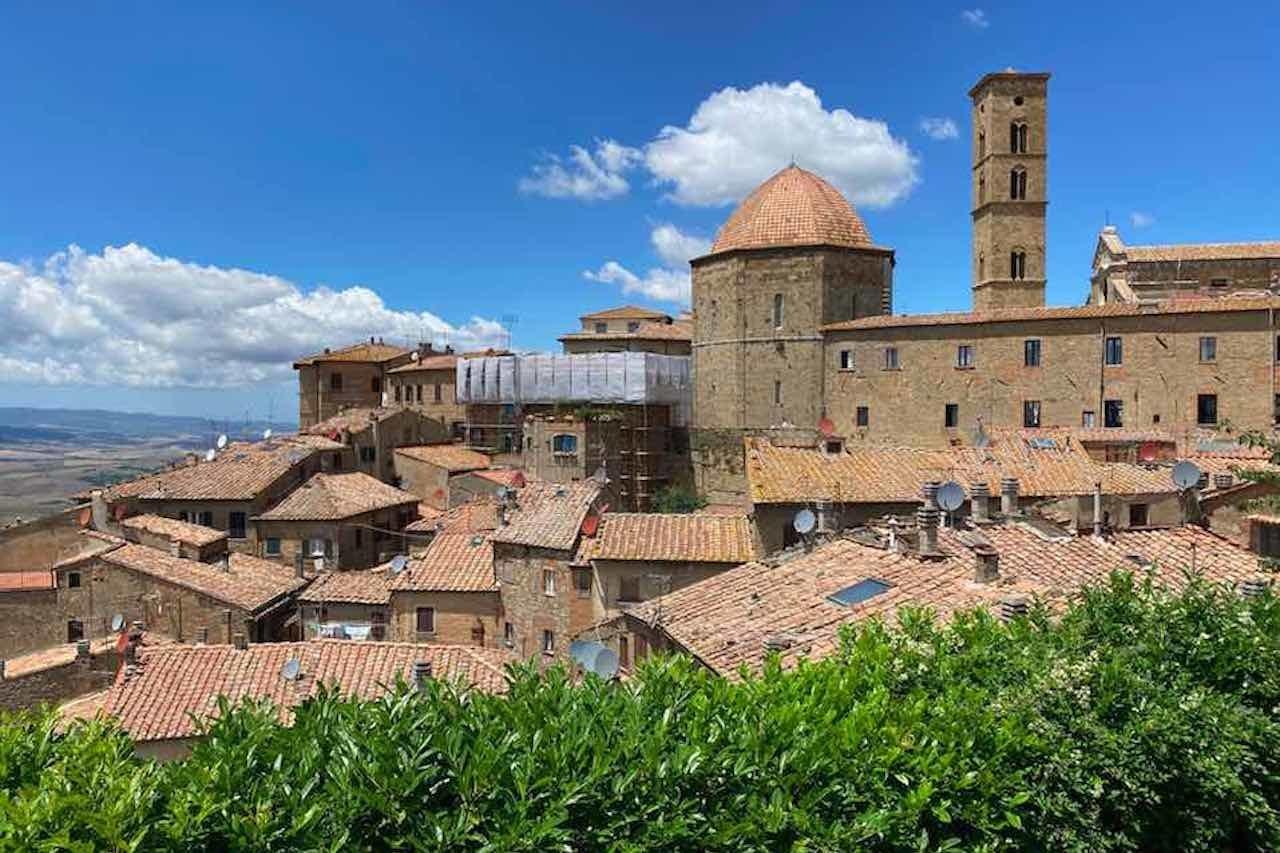 Capitale italiana della cultura 2022, Volterra resta in gioco