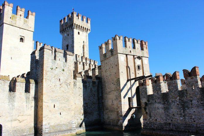 Sirmione e il Castello Scaligero