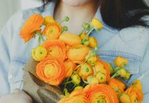 Fiori italiani, un bouquet composto dai ranuncoli