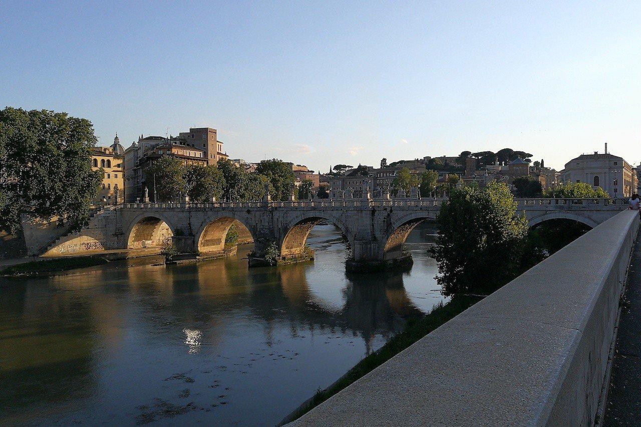 Ponte Sant'Angelo, uno dei più bei ponti d'Italia