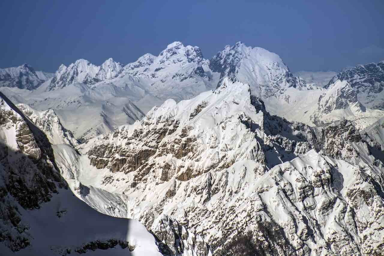 Alpi Giulie, le ultime nevicate in vetta ai monti