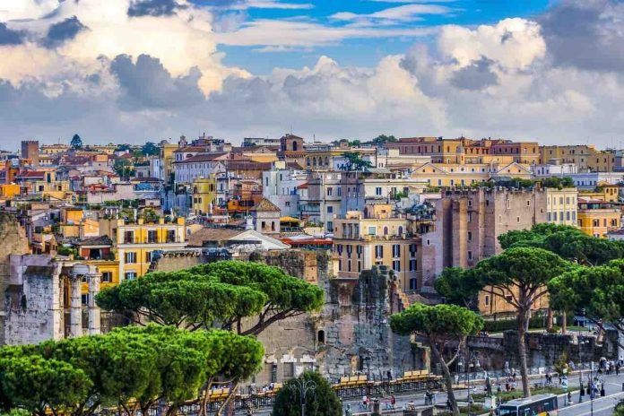 L'Asino d'Oro, vista panoramica sulle case di Roma