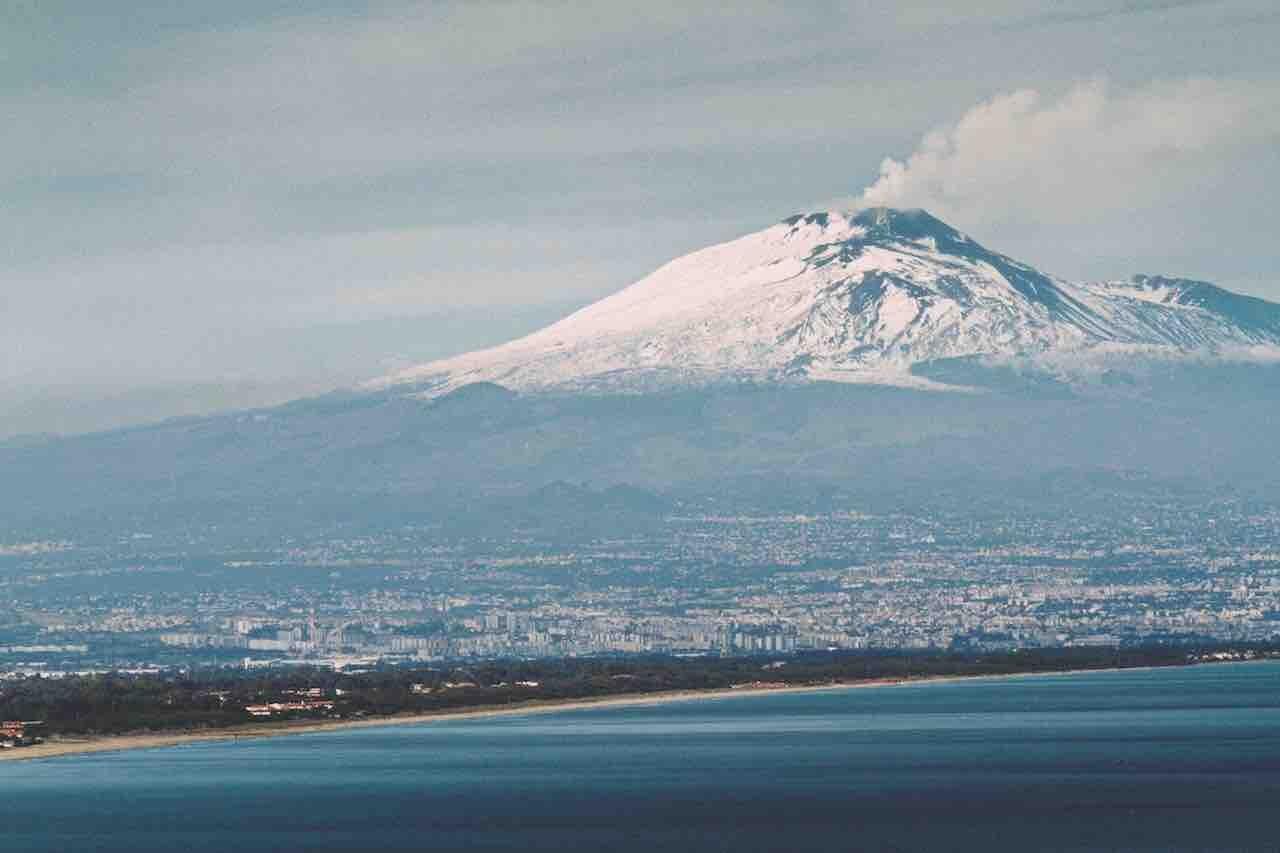Sicilia, l'Etna è uno dei simboli della regione