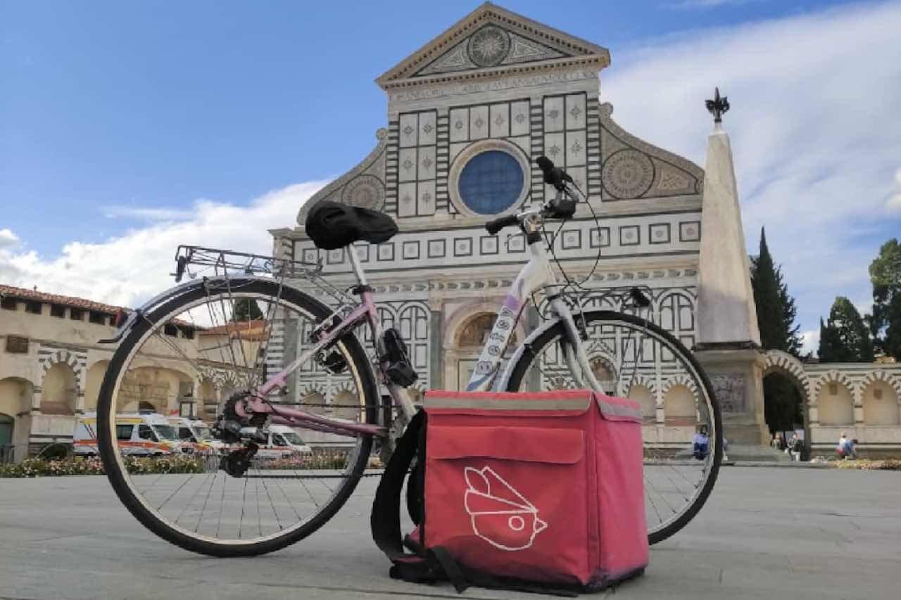 Bici e sacca Robin Food a Firenze